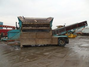 Powerscreen Powergrid 800 Wheeled Screener